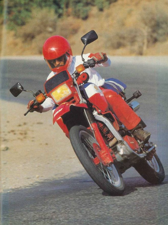 Moto Journal 22 septembre 1983